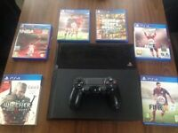 PS4 Console with all leads & 6 games