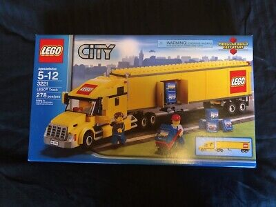 NEW Lego City Classic Truck (3221) Yellow Semi Truck Sealed RARE