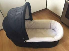 Sola Carrycot from Mamas and Papas