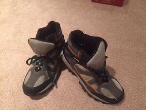 Size 10 Waterproof Winter/Hiking Boots by George