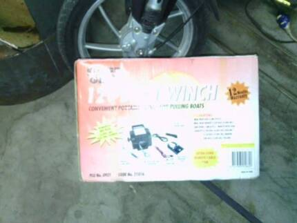Boat winch brand new in box