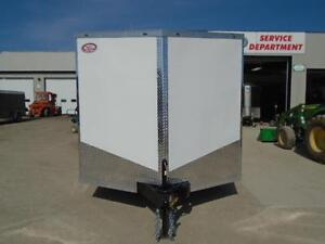ENCLOSED CARGO/CAR HAULER LOWEST PRICE OF THE YEAR 20' LONG London Ontario image 4