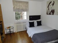 Bloomsbury - Lower ground floor studio flat *