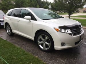 2009 TOYOTA VENZA - V6 135K KMS - GREAT CONDITION