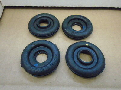 Triumph TR7 TR8 ** HEADLAMP LOOM GROMMET, set of 4 ** UNDER BONNET
