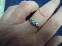 Beautiful 18K Gold Diamond Ring