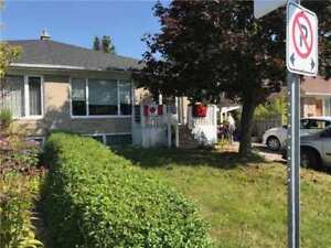 Aurora-3Bd/1Bth Main Flr Wellington/Haida July 1st
