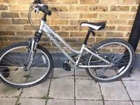 24' Girl's bike - Ridgeback Destiny 2014