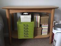 Stylish Oak Console Table