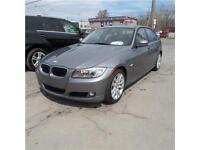 BMW 323I 2011 AUTOMATIC SUNROOF LEATHER LOW KM LIKE NEW MUST SEE