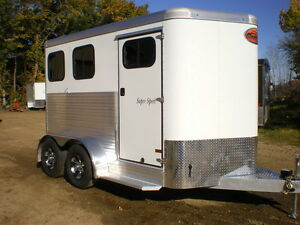 SAVE $2000.00 - Sundowner Aluminum Horse Trailers