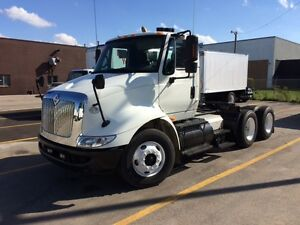 2009 IHC 8600 DAY CAB IN STOCK