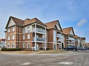 Spacious 1+1 Br Unit W/Lots Of Natural Light At Aspen Springs Dr
