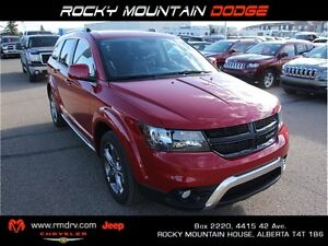 2017 Dodge Journey Crossroad AWD * DVD * Heated Leather