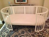 Stokke Cot white all sizes (0-10 years)