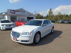 2012 CHRYSLER 300 LTD !! LEATHER !!SUNROOF!!