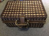hand made picnic hamper amazing condition