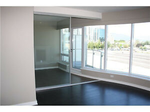 Amazing 1-bedroom + den at the Olympic Village. Downtown-West End Greater Vancouver Area image 3