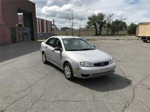 2005 FORD FOCUS ZX4/AUTO/4 CYL /A.C/80KM/514-812-8505