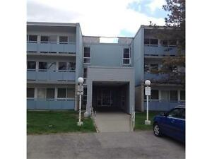 102-105 Conroy Crescent Guelph, No stairs! Excellent Location!