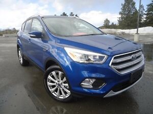 2017 Ford Escape Titanium 4x4 w/ Titanium Tech Package