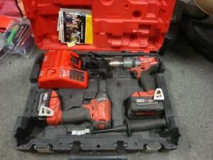 Milwaukee Tool M18 FUEL 18V Lithium-Ion Brushless Cordless Hammer Drill/Impact Driver Combo Kit (2-Tool) w/(2) 5Ah Batts