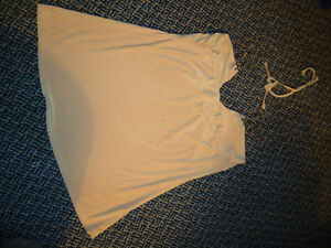 Ladies Size L/G Around The Neck Tank Style Shirt Kingston Kingston Area image 2