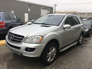 2008 Mercedes-Benz M-Class ML350  3.5L / 4MATIC/ LEATHER/SUNROOF