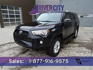 2014 Toyota 4Runner 4WD SR5 7PASS PREM Navigation (GPS),  Leathe
