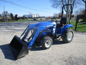 tracteur new holland boomer 24(4x4hydrostatique,loader,chargeur)
