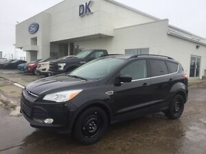 2014 Ford Escape SE w/2 Sets of Tires and Remote Start!