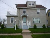 House Rental - 4Bed + 1, 2 kitchen, 2 full bath