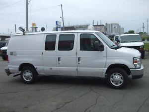 Ford Econoline Cargo Van E-150 2009