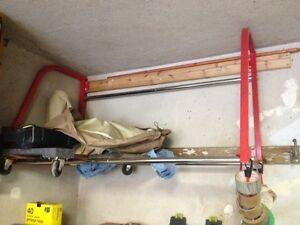 MotoMaster Wall Mount Tire Rack, 375-lbs Capacity