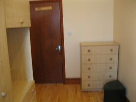 2bedrooms flat for rent Chiswick £365