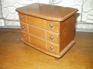 Vintage Wood Jewellery Box