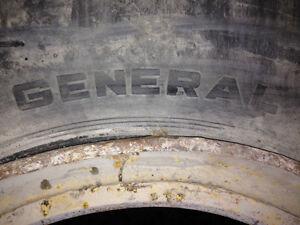 29.5-29 Tires Peterborough Peterborough Area image 3