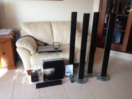 Philips DVD Home Theatre System HTS3548W