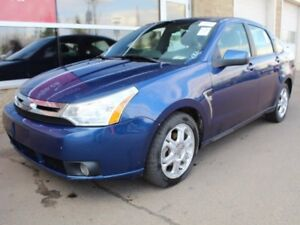 2008 Ford Focus SES / Sunroof / Heated Front Seats