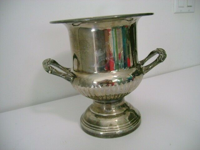 One Horse Trophy - Silver plate wine cooler - Engraved