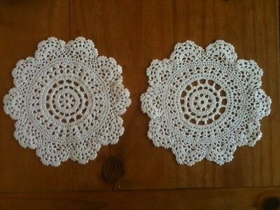 """VINTAGE 7"""" = 175mm WHITE LACE DOILIE - SOLD PER PIECE w/ COMBINED POSTAGE"""