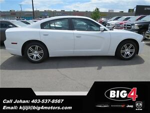 2014 Dodge Charger SXT, Sunroof, Uconnect 8.4