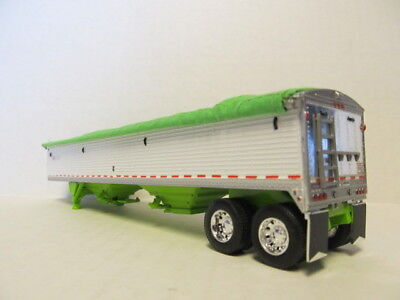 DCP 1/64 SCALE WILSON GRAIN TRAILER (HOPPER BOTTOM)  WHITE /LIME GREEN BOTTOM 2