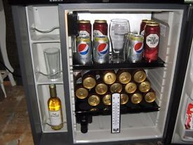 Fridge mini bar (man cave)