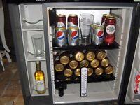Fridge mini bar (man cave)