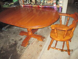 Extension Table & 4 Chairs