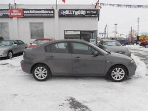 2008 Mazda 3 Zoom Zoom!  Power Roof!