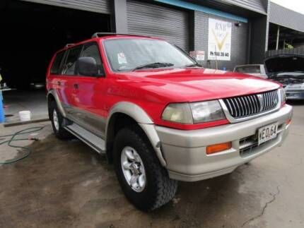 1998 Mitsubishi Challenger SUV backpackers delight