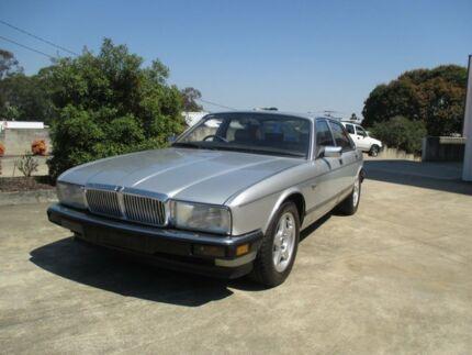 1989 Jaguar Sovereign Silver Sedan