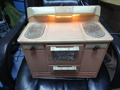 """H2c Vintage """"Little Lady"""" Pink Metal Electric Toy Oven Stove, Tested Works"""